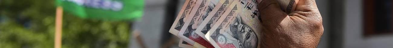 india cash crisis indian rupees