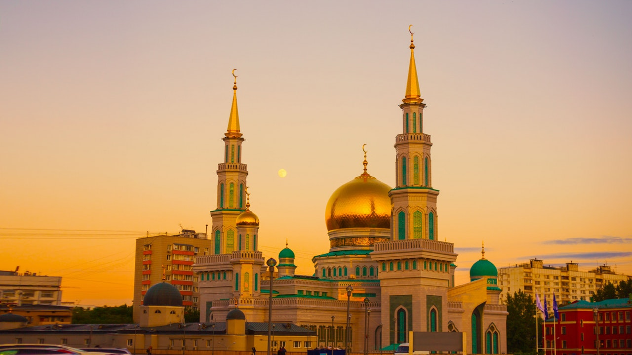 Connecting the dot: Islam, Trade, and Islamic Finance