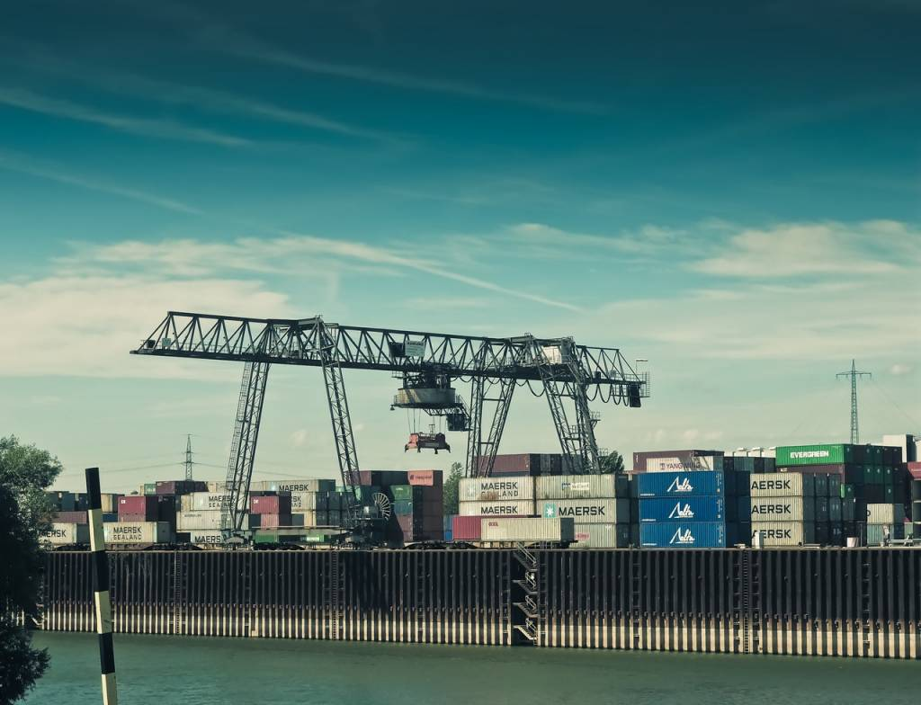 CFS (Container Freight Station) - What is CFS? (Definition