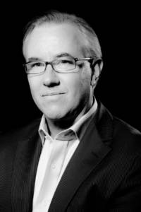 Richard Simon Lewis, Head of Origination, Client Coverage, Marketing and Communications, UK Export Finance